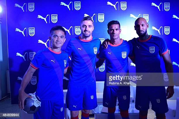 Indian striker Sunil Chhetri Brazilian footballer Andre Moritz Indian goalie Subrata Paul and French footballer Nicolas Anelka at the unveiling of...