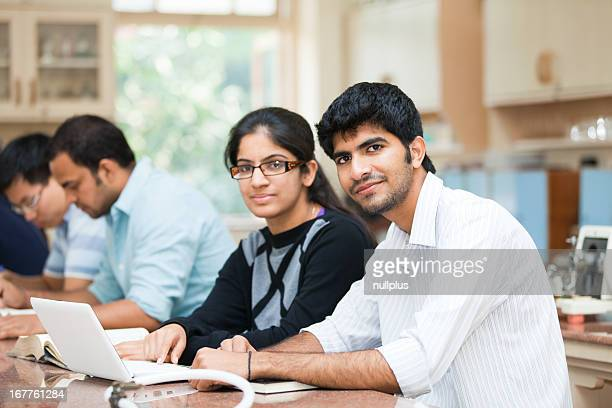 Estudiantes indios