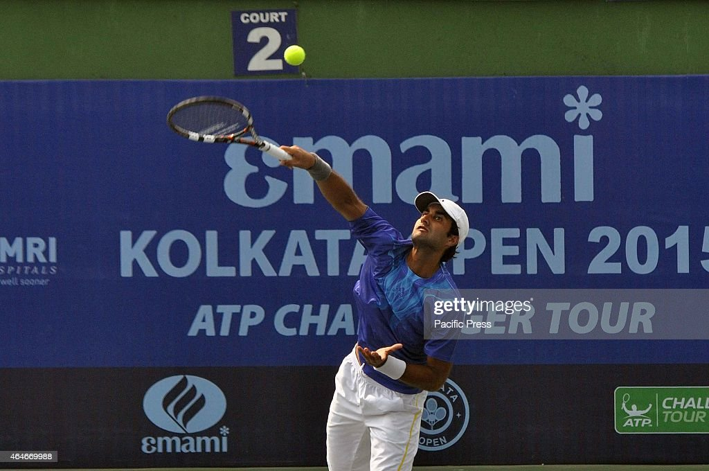 Indian tennis player <a gi-track='captionPersonalityLinkClicked' href=/galleries/search?phrase=Yuki+Bhambri&family=editorial&specificpeople=4835849 ng-click='$event.stopPropagation()'>Yuki Bhambri</a> in action during the Emami Kolkata Open 2015 - ATP Challenger Tour.
