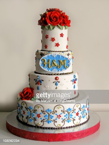 Indian wedding cake photo getty images for Interieur wedding cake