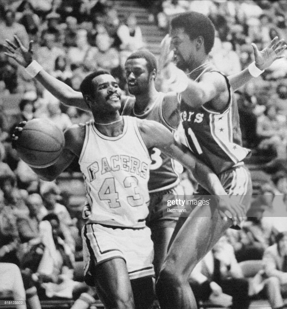 Earl Tatum Being Guarded by Philadelphia 76ers
