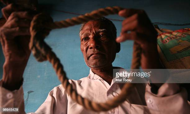 India's last hangman Mammu Singh at his home in Meerut's Shiv Mandir Colony on May 7 2010 The hangman says it is his ardent desire to hang Kasab