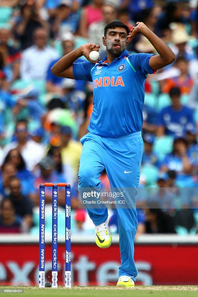 India v New Zealand - ICC Champions Trophy Warm-up : News Photo