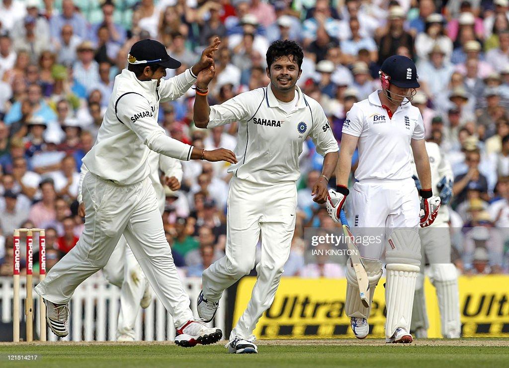 India's Sreesanth (C) celebrates taking : News Photo