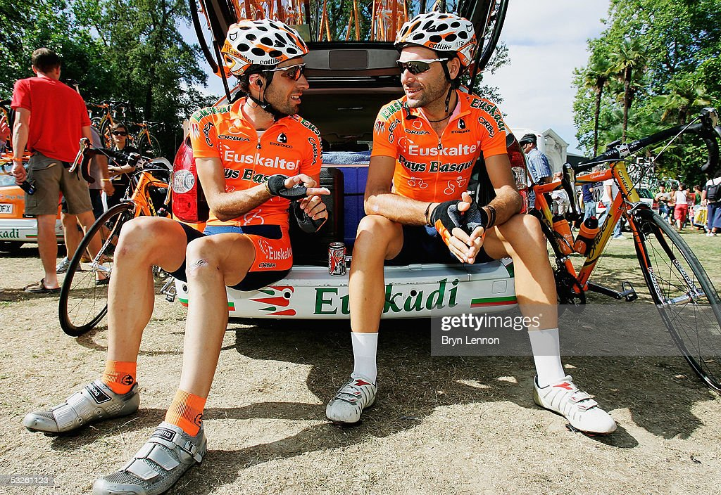 Indigo Landaluze of Spain and EuskatelEuskadi chats to team mate Iker Camano of Spain at the start of stage 17 of the 92nd Tour de France between Pau...