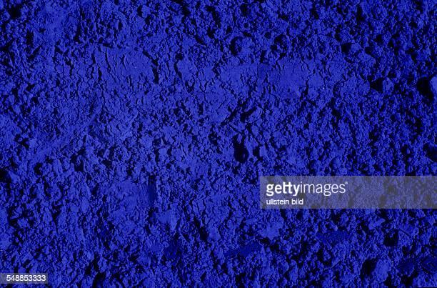 Indigo powder Indigo dye is an organic compound with a distinctive blue color undatiert