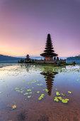 Indonesia, Bali, Bedugul, Lake Temple