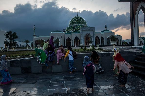 Grand ledge single muslim girls