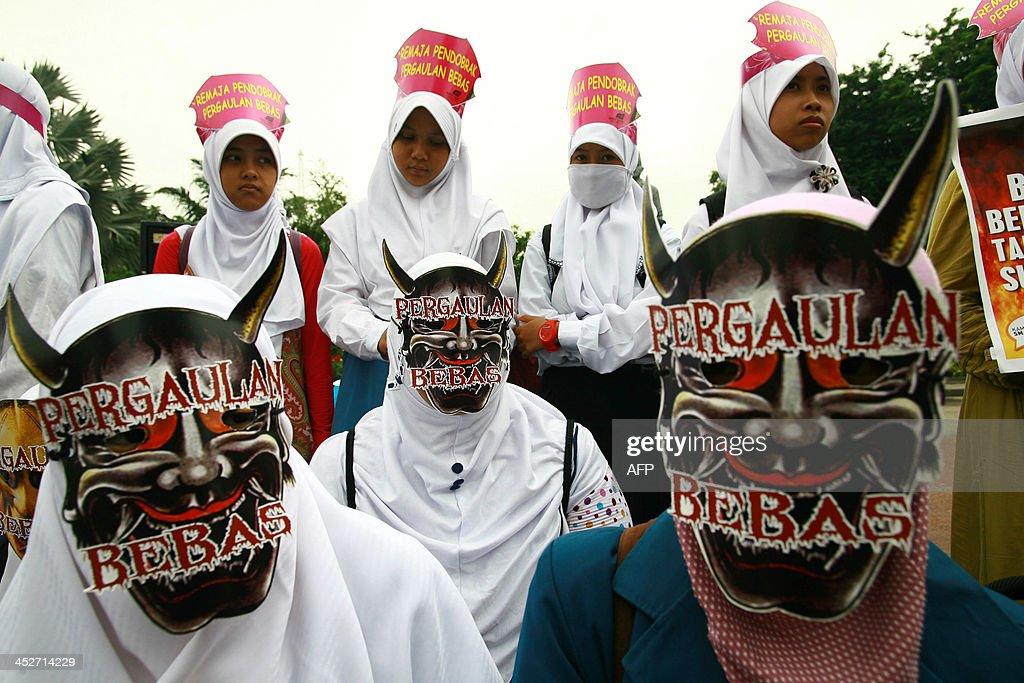 indonesian women sex photos