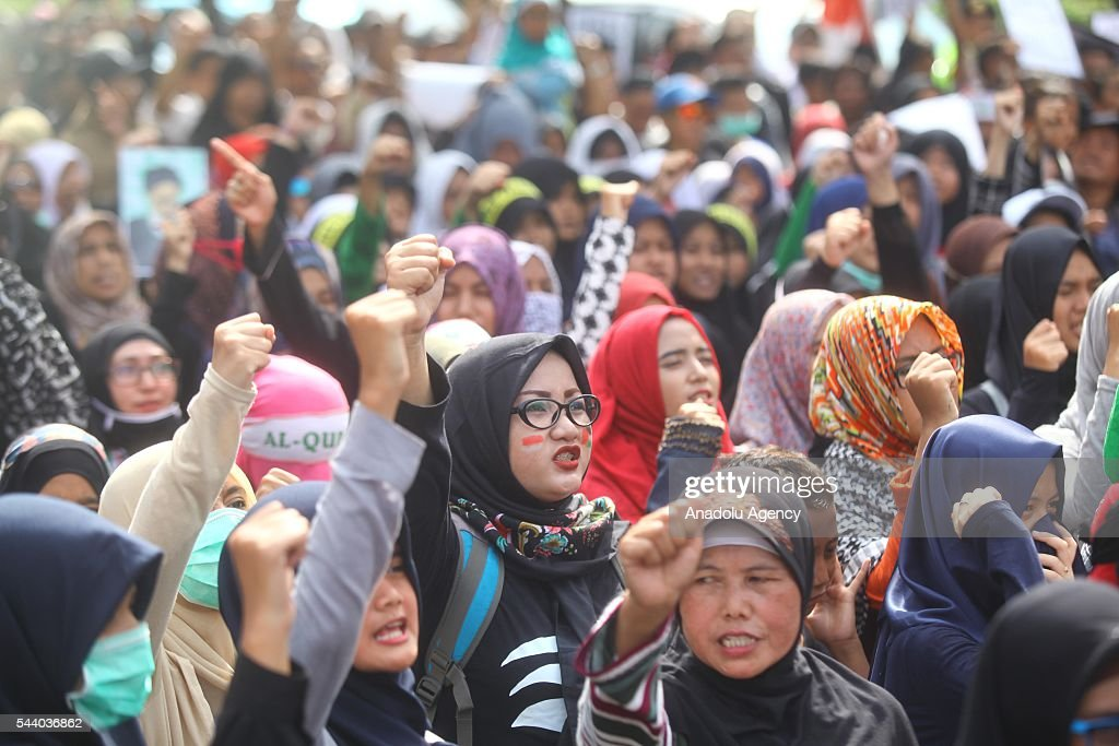 Indonesian Muslims attend a rally to mark the Quds International Day on July 01, 2016 in Jakarta, Indonesia.