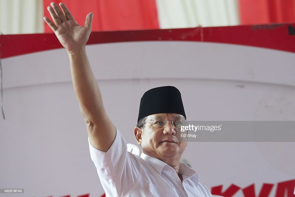 Indonesian Presidential Candidate and Retired General <a gi-track='captionPersonalityLinkClicked' href=/galleries/search?phrase=Prabowo+Subianto&family=editorial&specificpeople=3051840 ng-click='$event.stopPropagation()'>Prabowo Subianto</a> addresses his supporters and the media on July 22, 2014 in Jakarta, Indonesia. Making allegations of widespread fraud in the electoral process, Prabowo said that he was withdrawing from the electoral process.