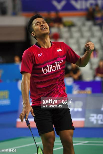 Indonesia's Anthony Sinisuka Ginting celebrates after victory against Indonesia's Jonatan Christie during the men's singles final match at the Korea...