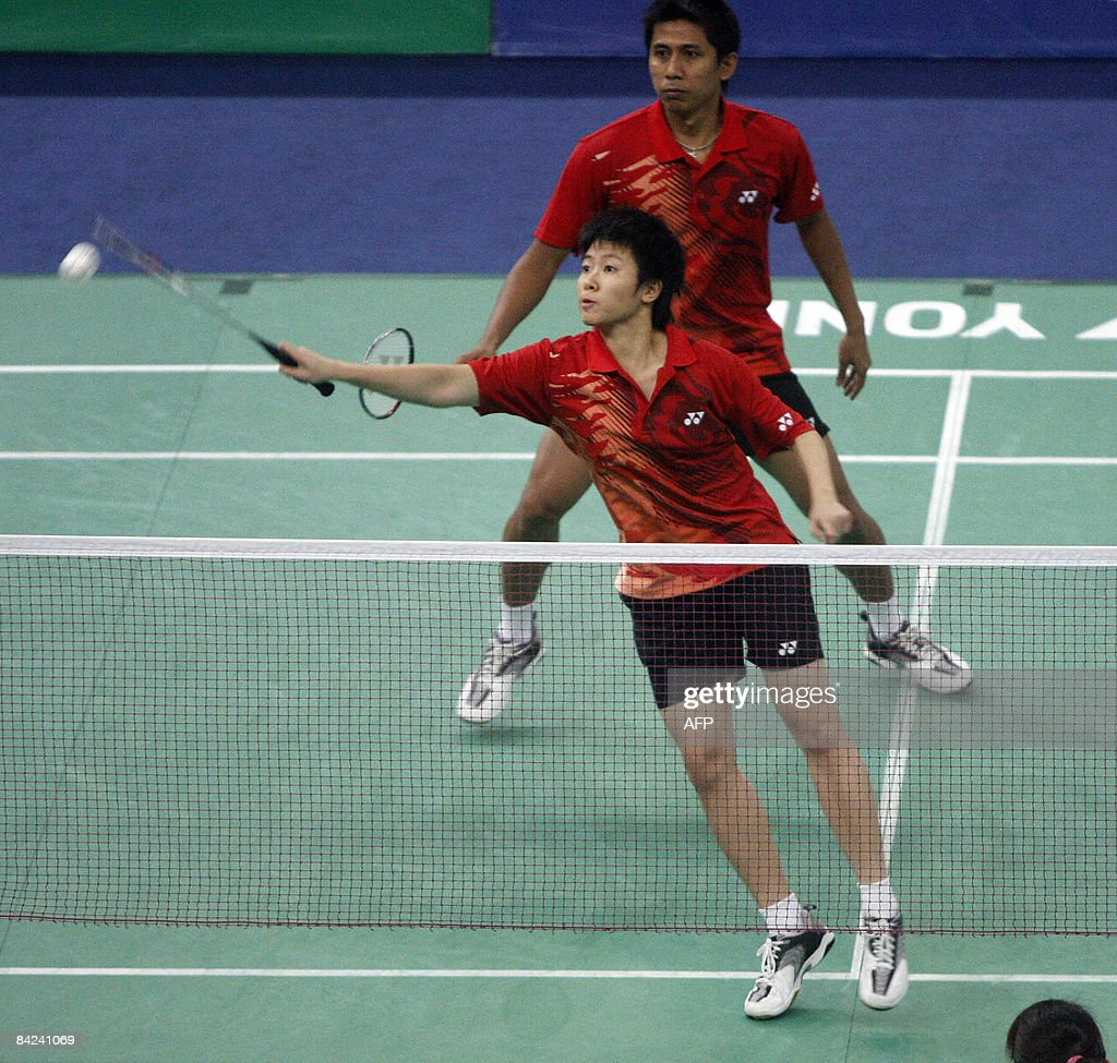 Indonesia s mixed doubles pair Liliyana