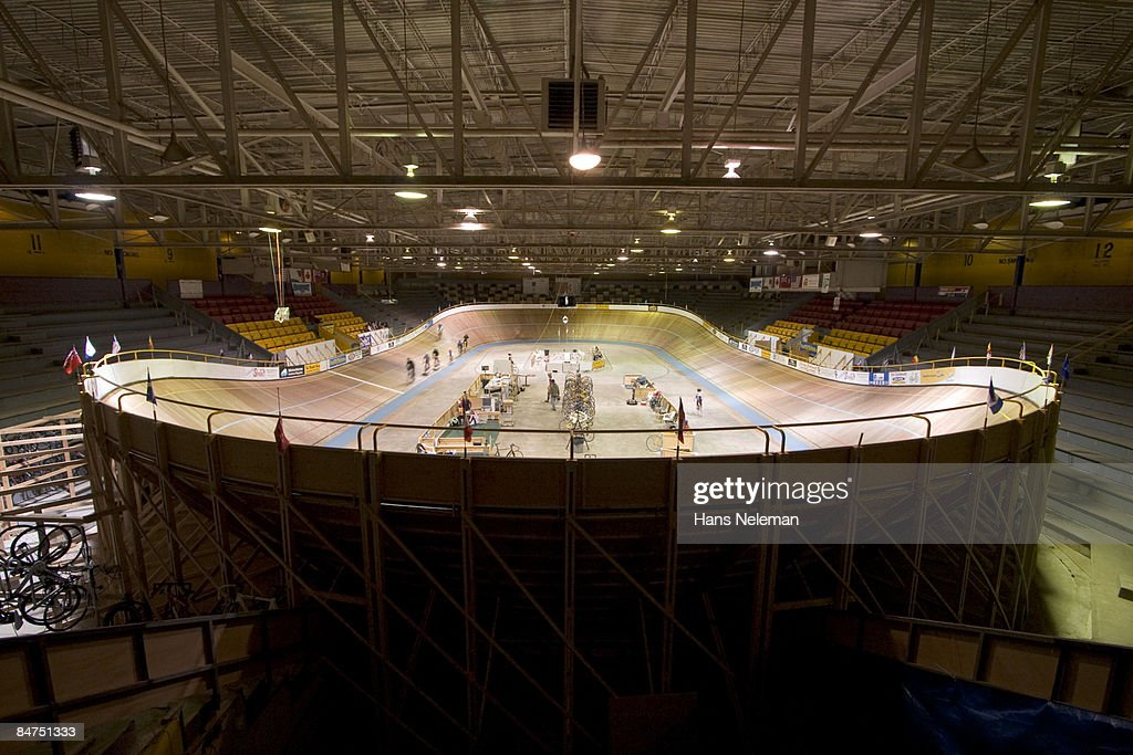 Indoor cycling at the velodrome in London, Ontario : Stock Photo
