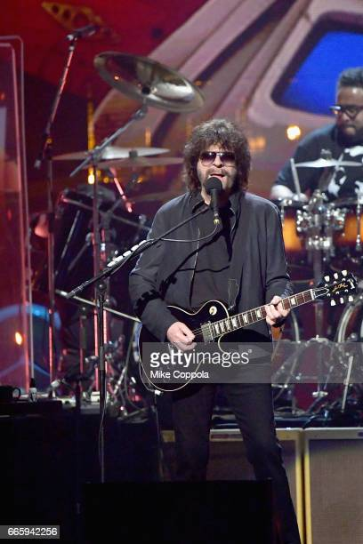 Inductee Jeff Lynne of ELO performs onstage at the 32nd Annual Rock Roll Hall Of Fame Induction Ceremony at Barclays Center on April 7 2017 in New...