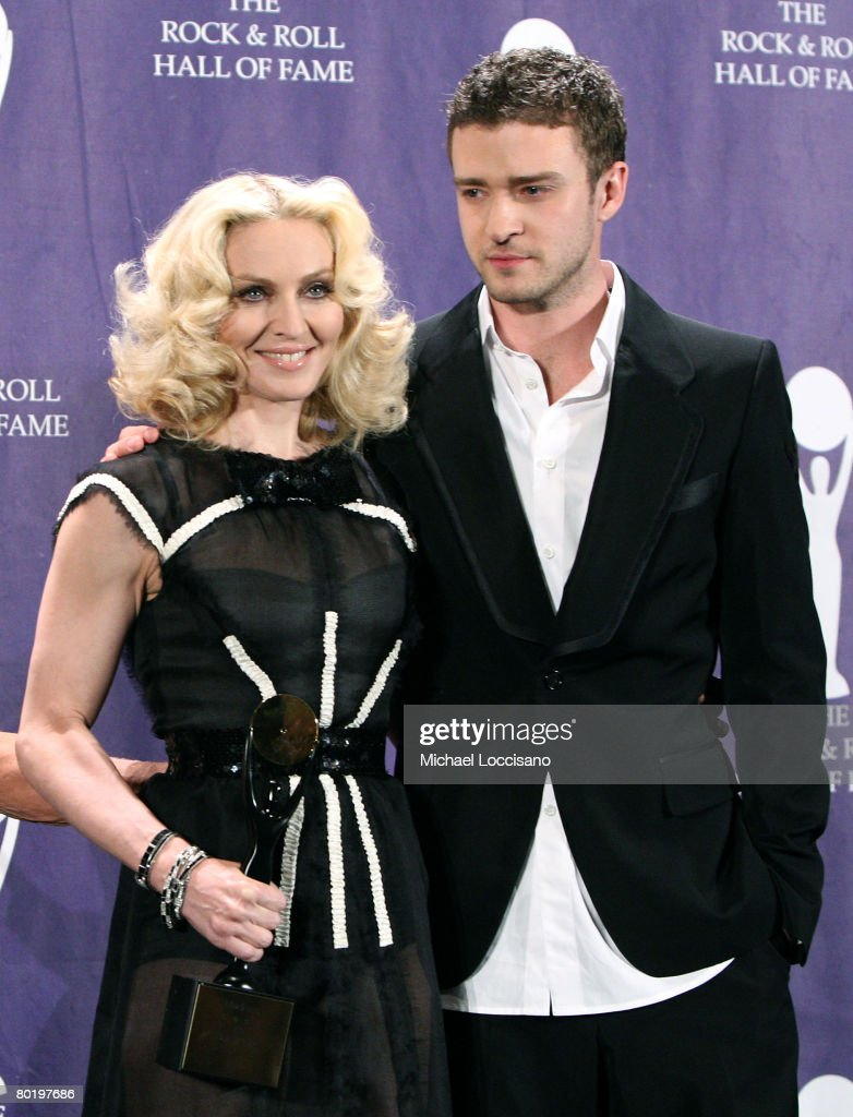 Inductee Madonna and musician Justin Timberlake pose in the press room at the 2008 Rock and Roll Hall of Fame Induction Ceremony at The Waldorf-Astoria Hotel on March 10, 2008 in New York City.