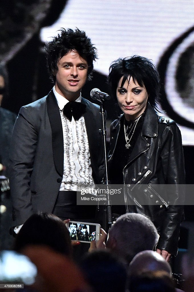 Inductees Billie Joe Armstrong and Joan Jett perform onstage during the 30th Annual Rock And Roll Hall Of Fame Induction Ceremony at Public Hall on April 18, 2015 in Cleveland, Ohio.