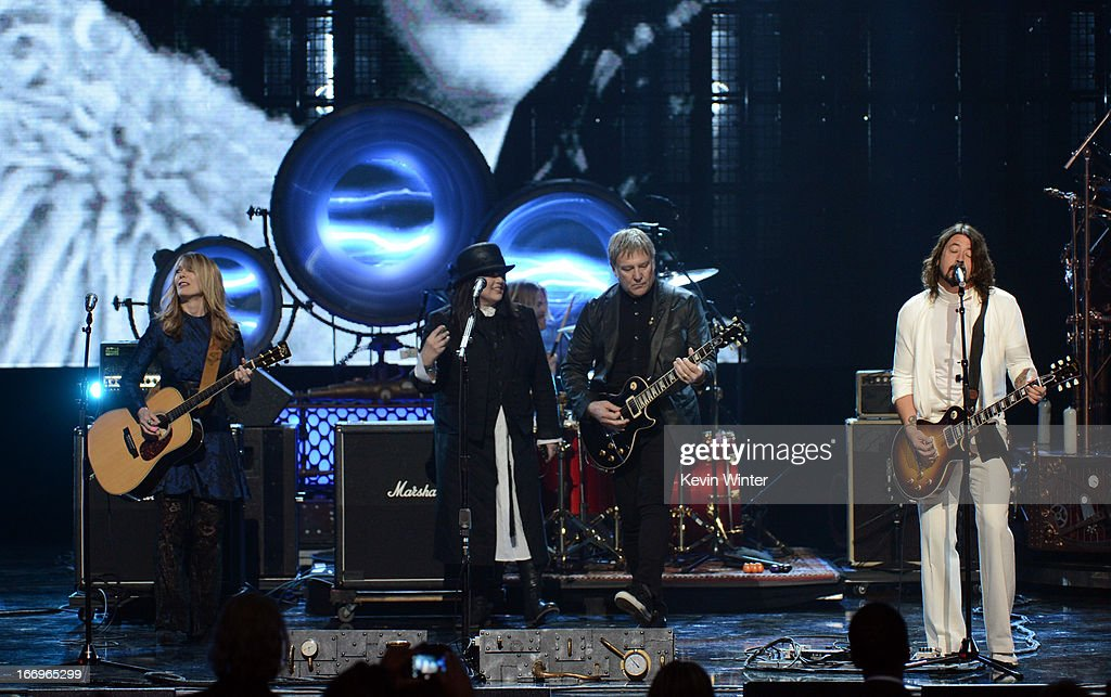 Inductees Nancy Wilson and Ann Wilson of Heart Alex Lifeson of Rush and musician Dave Grohl perform onstage at the 28th Annual Rock and Roll Hall of...