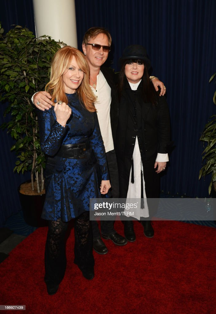 Inductees Nancy Wilson (L) and Ann Wilson (R) of Heart and musician <a gi-track='captionPersonalityLinkClicked' href=/galleries/search?phrase=Jerry+Cantrell&family=editorial&specificpeople=171509 ng-click='$event.stopPropagation()'>Jerry Cantrell</a> arrive at the 28th Annual Rock and Roll Hall of Fame Induction Ceremony at Nokia Theatre L.A. Live on April 18, 2013 in Los Angeles, California.