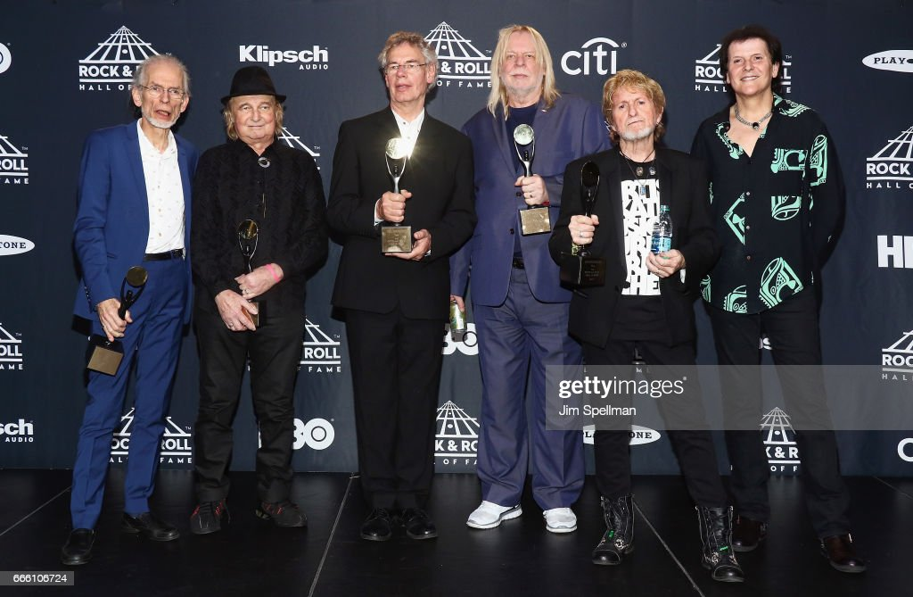 Inductees Steve Howe, Alan White, Bill Bruford, Rick Wakeman, Jon Anderson and Trevor Rabin of Yes attend the Press Room of the 32nd Annual Rock & Roll Hall Of Fame Induction Ceremony at Barclays Center on April 7, 2017 in New York City. The event will broadcast on HBO Saturday, April 29, 2017 at 8:00 pm ET/PT