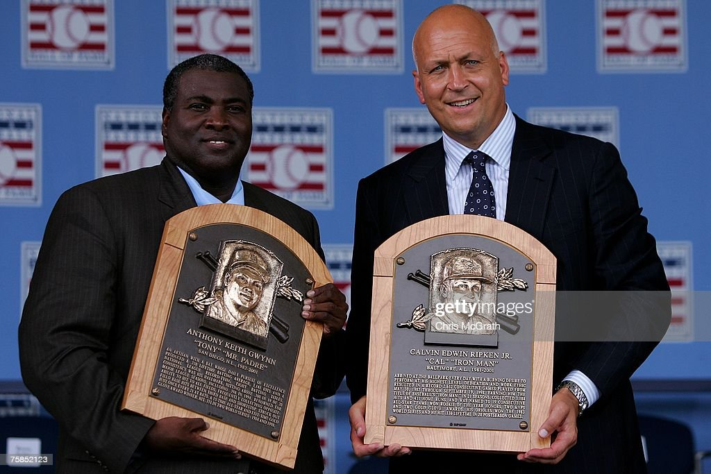 2007 inductee's Tony Gwynn (L) and Cal Ripken Jr. pose with their plaques at Clark Sports Center during the Baseball Hall of Fame induction ceremony on July 29, 2007 in Cooperstown, New York.
