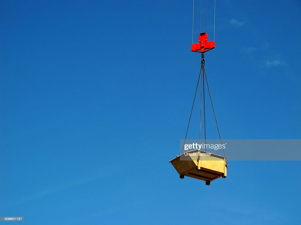 Industrial bin in the air : Foto de stock