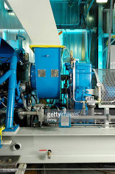 Industrial gas turbine-generator set
