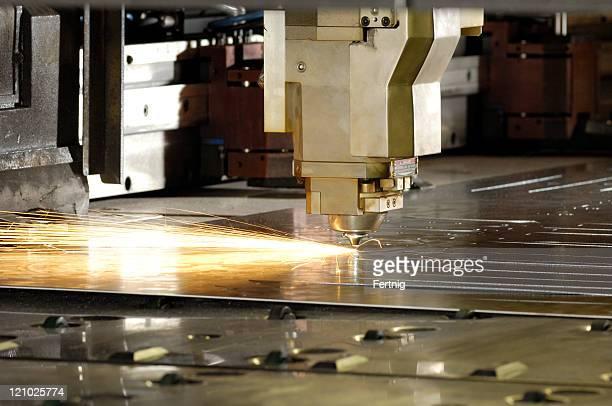 Strumento laser industriale