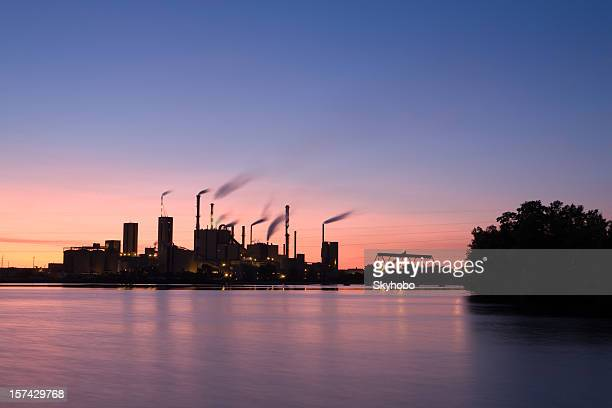 Industrial tramonto