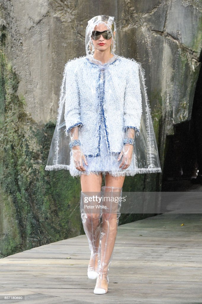 Ine Neefs walks the runway during the Chanel Paris show as part of the Paris Fashion Week Womenswear Spring/Summer 2018 on October 3, 2017 in Paris, France.