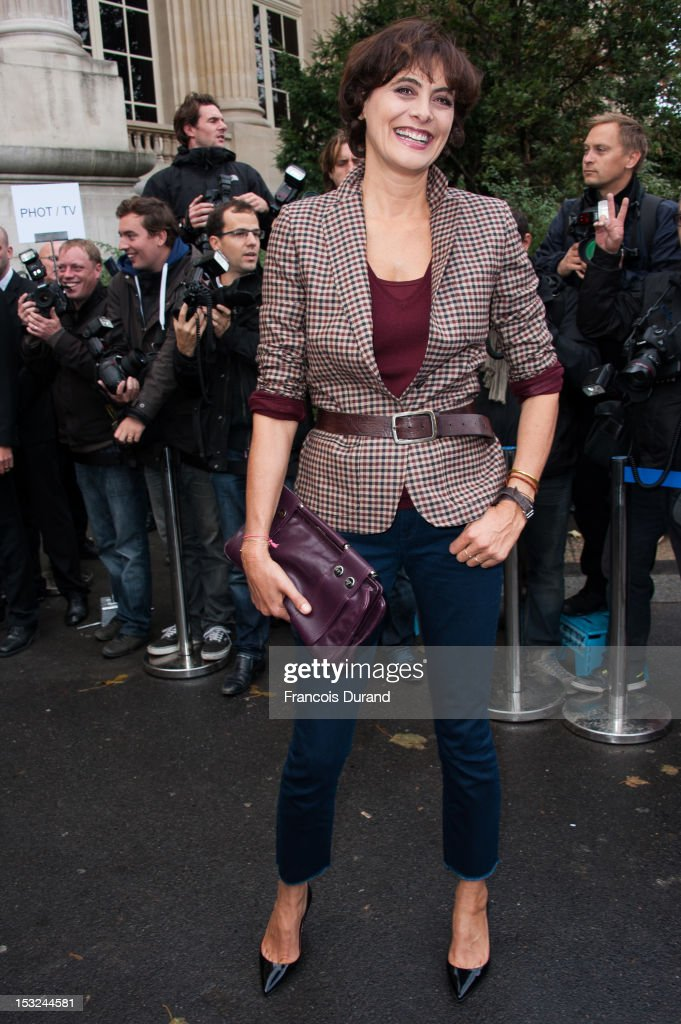Ines de la Fressange arrives at the Chanel Spring / Summer 2013 show as part of Paris Fashion Week at Grand Palais on October 2, 2012 in Paris, France.