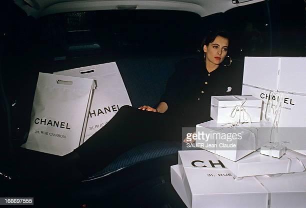 Ines De La Fressange At Chanel Paris Juillet 1987 A l'occasion de la présentation des collections hiver 19871988 Paris Match a rencontré les muses...