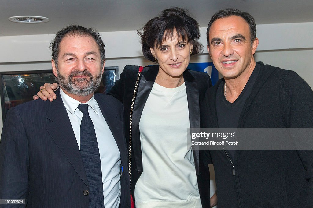 <a gi-track='captionPersonalityLinkClicked' href=/galleries/search?phrase=Ines+de+la+Fressange&family=editorial&specificpeople=2078500 ng-click='$event.stopPropagation()'>Ines de la Fressange</a> (C), Denis Olivennes, President of Lagardere Active and President of radio station Europe 1 (L) and <a gi-track='captionPersonalityLinkClicked' href=/galleries/search?phrase=Nikos+Aliagas&family=editorial&specificpeople=573643 ng-click='$event.stopPropagation()'>Nikos Aliagas</a> attend the 3rd edition of the 'Europe 1 fait Bobino' show at Bobino on February 18, 2013 in Paris, France.