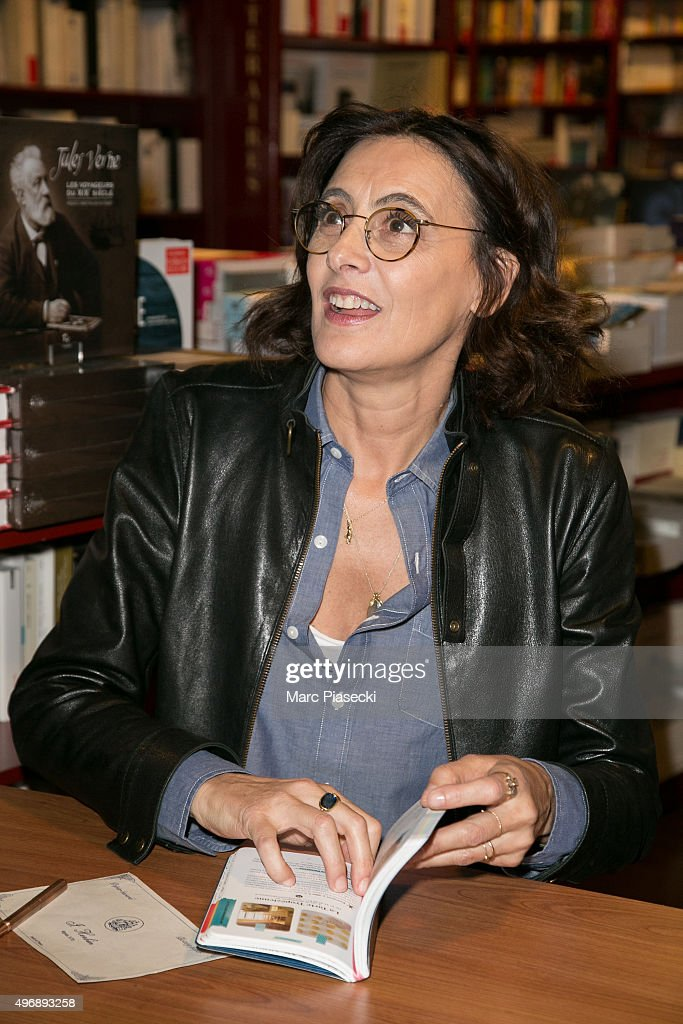 ines de la fressange and sophie gachet 39 s book signing in paris getty images. Black Bedroom Furniture Sets. Home Design Ideas