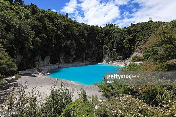 Inferno crater, New Zealand