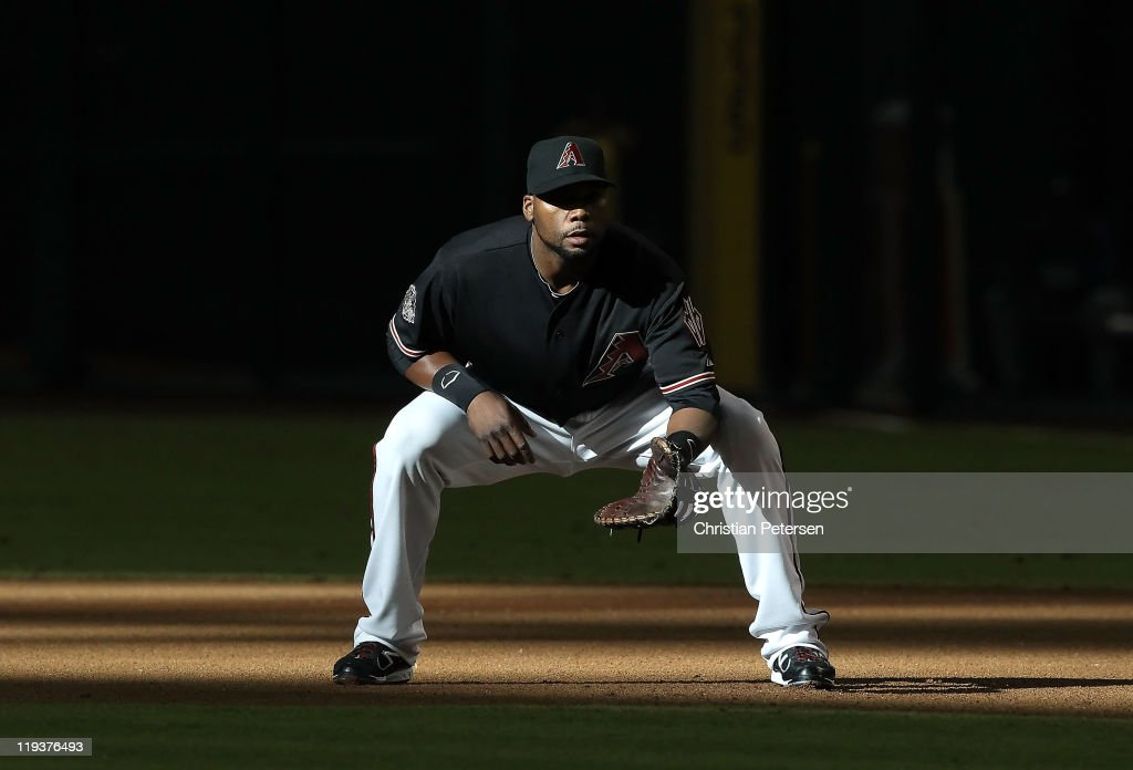 Infielder <a gi-track='captionPersonalityLinkClicked' href=/galleries/search?phrase=Brandon+Allen+-+Baseball+Player&family=editorial&specificpeople=2238262 ng-click='$event.stopPropagation()'>Brandon Allen</a> #29 of the Arizona Diamondbacks in action during the Major League Baseball game against the Los Angeles Dodgers at Chase Field on July 16, 2011 in Phoenix, Arizona. The Diamondbacks defeated the Dodgers 3-2.