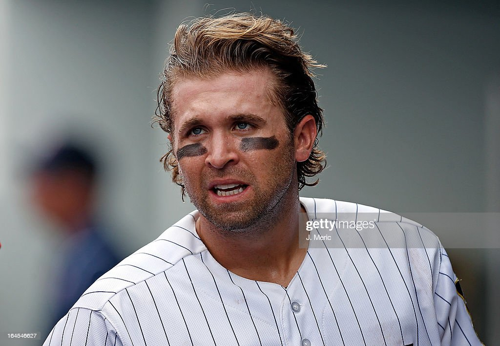 Infielder <a gi-track='captionPersonalityLinkClicked' href=/galleries/search?phrase=Brian+Dozier&family=editorial&specificpeople=7553002 ng-click='$event.stopPropagation()'>Brian Dozier</a> #2 of the Minnesota Twins looks on against the Toronto Blue Jays during a Grapefruit League Spring Training Game at Hammond Stadium on March 24, 2013 in Fort Myers, Florida.