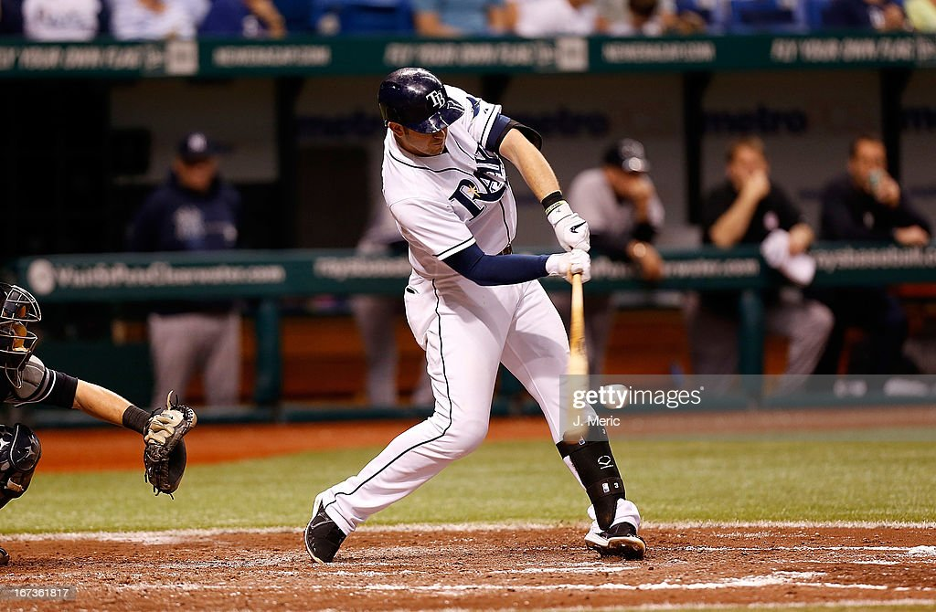 Infielder <a gi-track='captionPersonalityLinkClicked' href=/galleries/search?phrase=Evan+Longoria&family=editorial&specificpeople=2349329 ng-click='$event.stopPropagation()'>Evan Longoria</a> #3 of the Tampa Bay Rays fouls off a pitch against the New York Yankees during the game at Tropicana Field on April 24, 2013 in St. Petersburg, Florida.