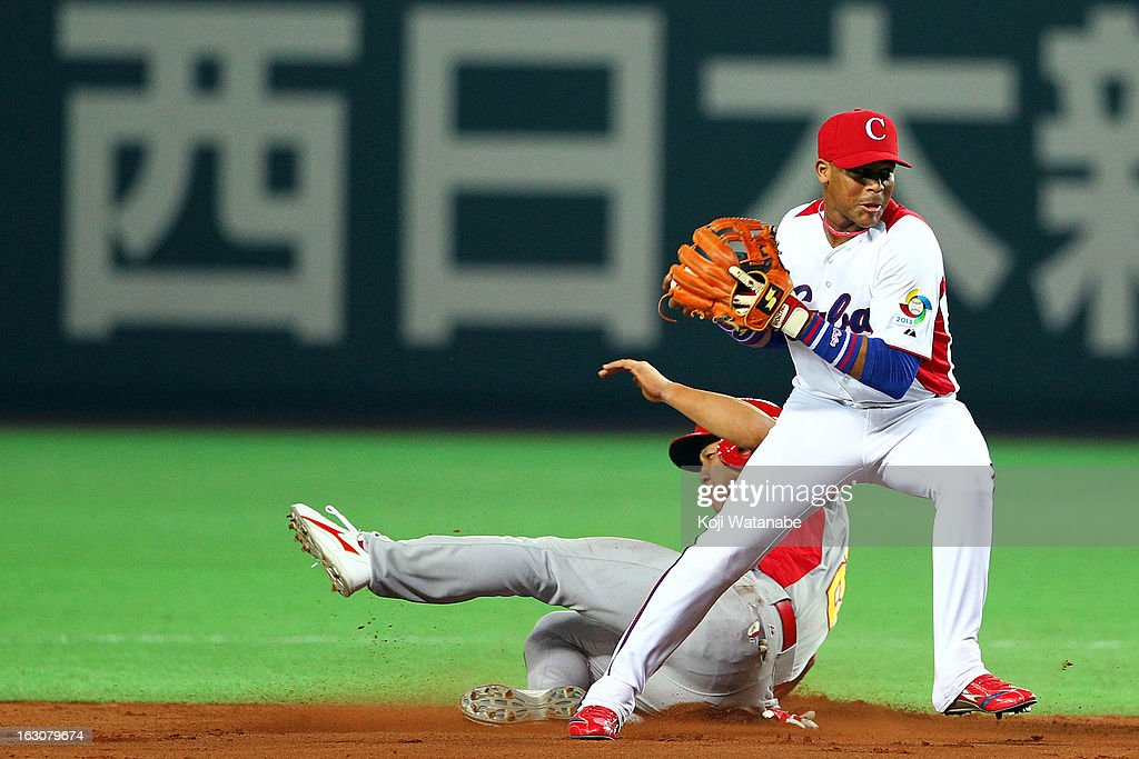 Infielder Jose Fernandez #8 of Cuba in action during the World Baseball Classic First Round Group A game between Cuba and China at Fukuoka Yahoo! Japan Dome on March 4, 2013 in Fukuoka, Japan.