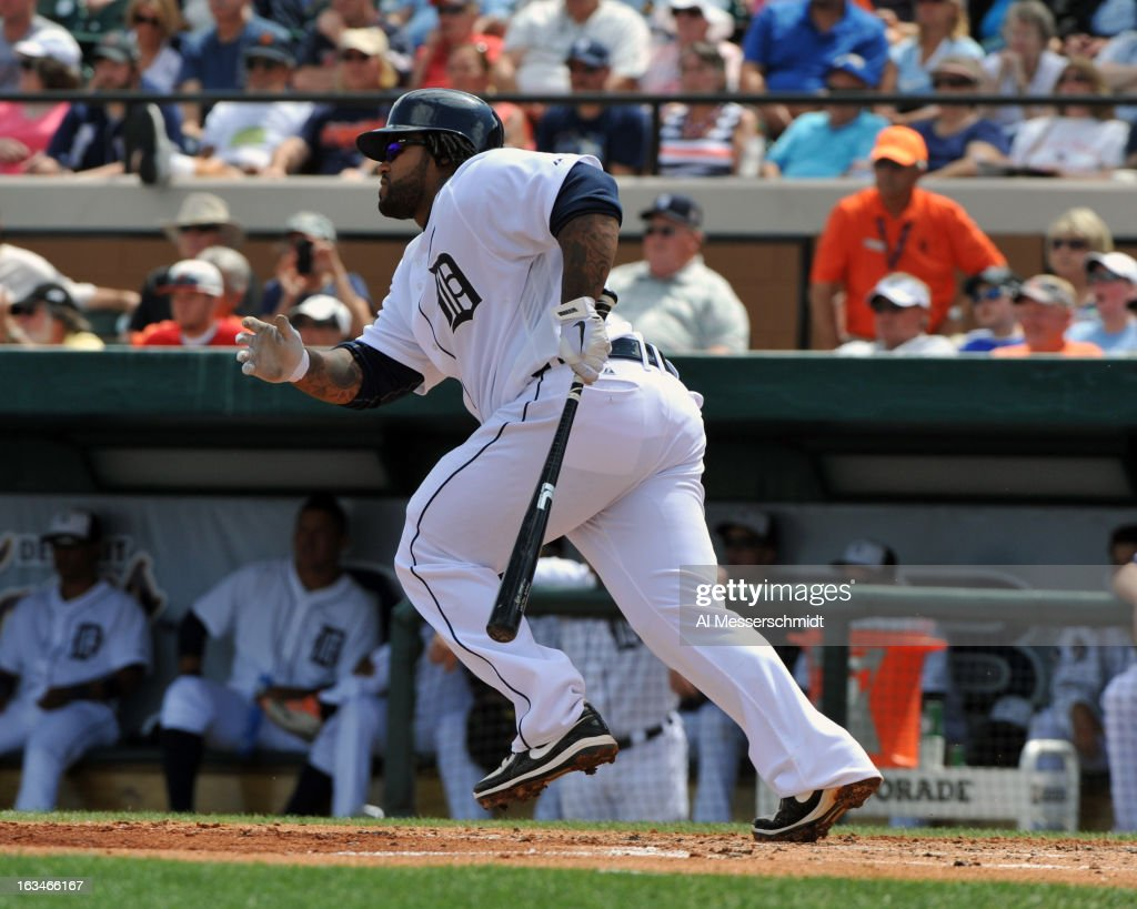 Infielder <a gi-track='captionPersonalityLinkClicked' href=/galleries/search?phrase=Prince+Fielder&family=editorial&specificpeople=209392 ng-click='$event.stopPropagation()'>Prince Fielder</a> #28 of the Detroit Tigers bats against the Washington Nationals March 10, 2013 at Joker Marchant Stadium in Lakeland, Florida.