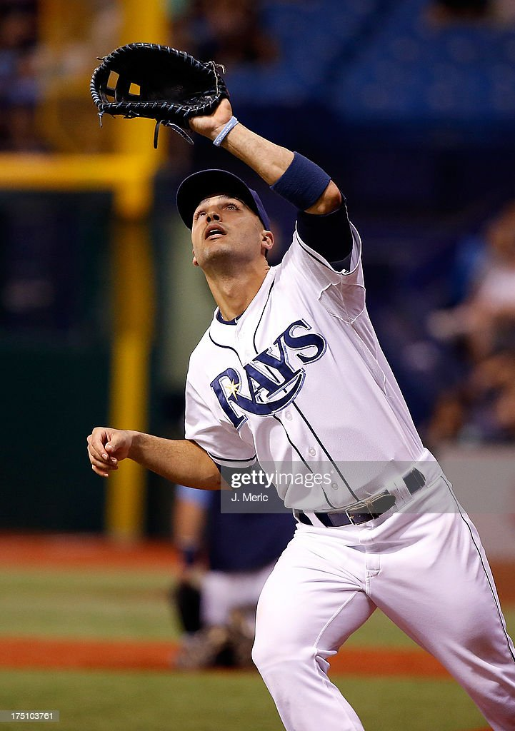 Infielder <a gi-track='captionPersonalityLinkClicked' href=/galleries/search?phrase=Sean+Rodriguez&family=editorial&specificpeople=4171805 ng-click='$event.stopPropagation()'>Sean Rodriguez</a> #1 of the Tampa Bay Rays catches a foul ball against the Arizona Diamondbacks during the game at Tropicana Field on July 31, 2013 in St. Petersburg, Florida.