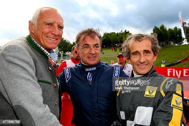 Infiniti Red Bull Racing team owner and CEO of the Austria energy drink producer Red Bull Dietrich Mateschitz poses with Jean Alesi and Alain Prost...