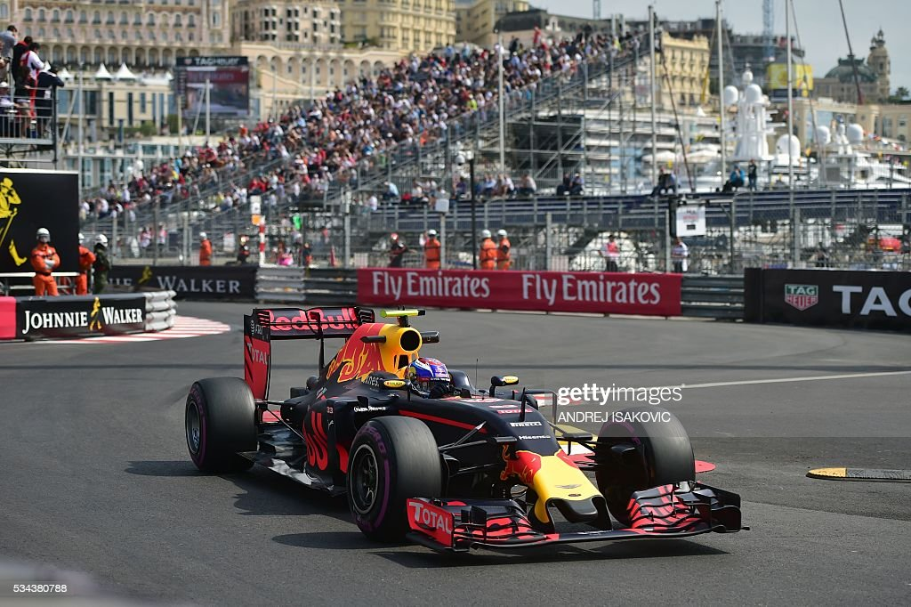 Infiniti Red Bull racing's Belgian-Dutch driver Max Verstappen drives during the first practice session at the Monaco street circuit, on May 26, 2016 in Monaco, three days ahead of the Monaco Formula 1 Grand Prix. / AFP / ANDREJ