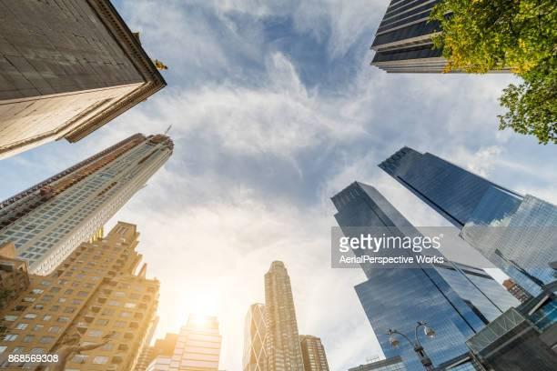 Infinity gebouwen in zonlicht (New York)