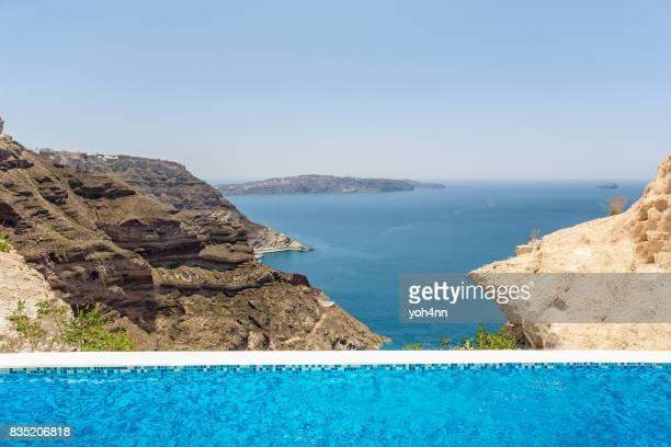 Piscine à débordement & paysage marin à Firá, Santorin