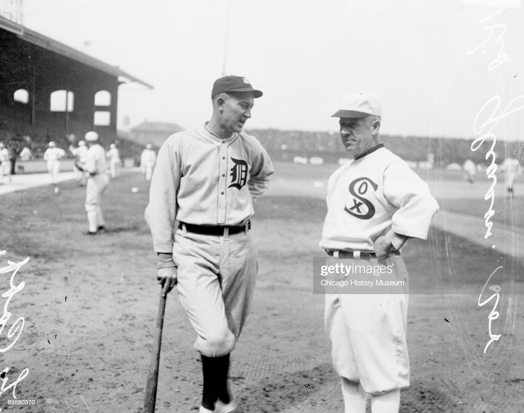 Informal threequarter length portrait of baseball legend Ty Cobb of the American League's Detroit Tigers and baseball manager Kid Gleason of the...