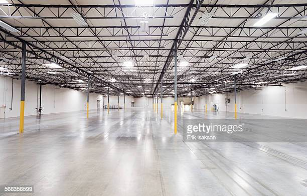 Infrastructure and lighting in empty warehouse