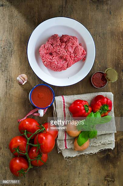Ingredients of mincemeat sauce