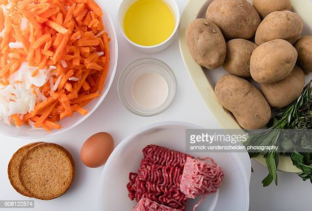 Ingredients recipe. Stew with meatballs.