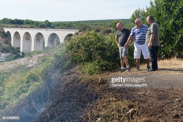 Inhabitants are looking Firefighters who intervene to extinguish the fires in the South of France and to help the population on July 26 2017 in...